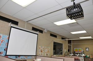 Data projector and screen at WSLC